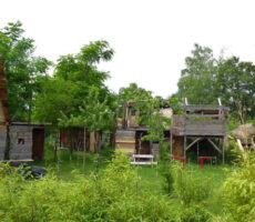 Gelände-Zeisigweg-Bauhütten
